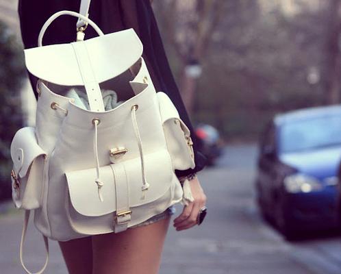 1b159e4bc5e7 Женский рюкзак для жительниц города - удобная вещь на каждый день.
